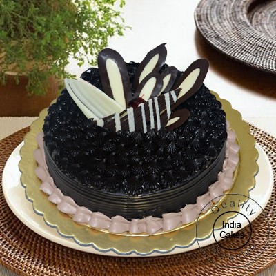 1 Kg Eggless Chocolate Jungle Cake