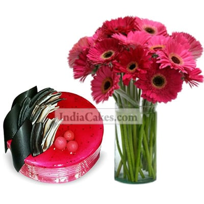 1 Kg Strawberry Cake With Bunch Of Pink Gerberas