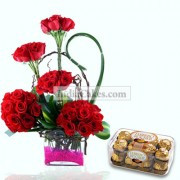 Cute Red Roses Arragement with Ferrero Rocher Chocolates