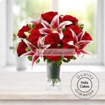12 RED ROSE AND RED LILLIES BUNCH