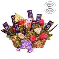 Big Chocolate Basket With Mix Roses - Courieredp