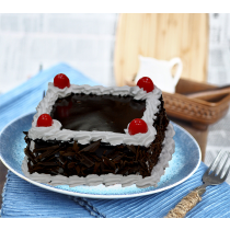 Eggless Black Forest Square Half Kg