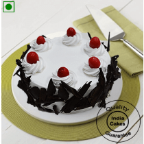 Eggless Half Kg White Choco Cream Black Forest Cake