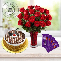 Eggless Butterscotch Cake Half Kg with 6 Red Roses Bunch and 5 Chocolates