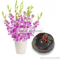 6 Orchids Bunch And Half Kg Chocolate Cake