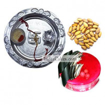 Silver Thali And Half Kg Eggless Strawberry Cake And 250 gms Pista Dryfruits - Courieredp