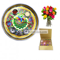 Golden Thali With Green Design And 16 Pcs Golden And Brown Stips Chocolate Box With 10 Mix Roses Bunch